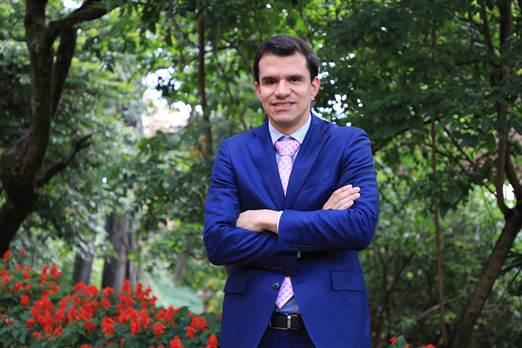 Camilo Quiroz, nuevo representante de Minvivienda ante la Junta Directiva de la Caja Promotora de Vivienda Militar y dePolicía