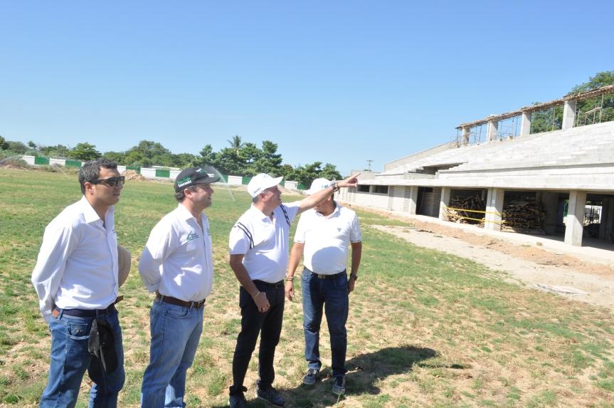 Avanzan obras del gobierno departamental en Chiriguaná yAguachica