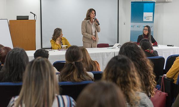Vicepresidencia de la República capacita a mujeres en empoderamiento político con miras a próximaselecciones