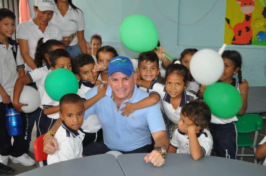Más de 3 mil estudiantes del Cesar beneficiados con entrega de mobiliarioescolar