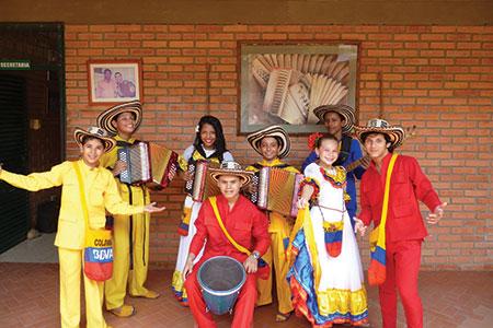 Los Niños del Vallenato del Turco Gil se presentarán en el TeatroColón