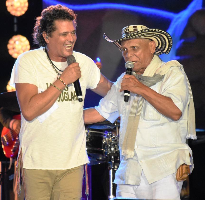 Carlos Vives le grabó al maestro Adolfo Pacheco su célebre canción 'La hamaca grande'.jpg