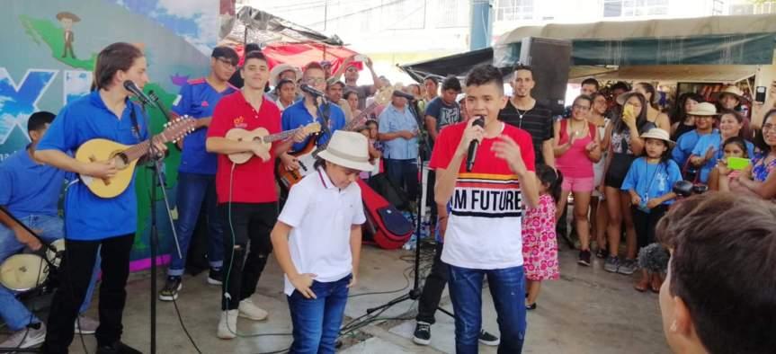 1er Rey Infantil de la Piqueria del Festival Vallenato mostró su talento enMéxico