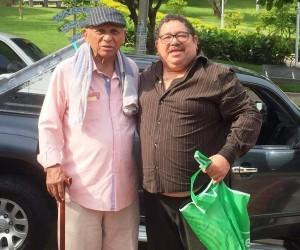 El maestro Adolfo Pacheco con el autor de la canción Jaime Alberto Romero Janacet