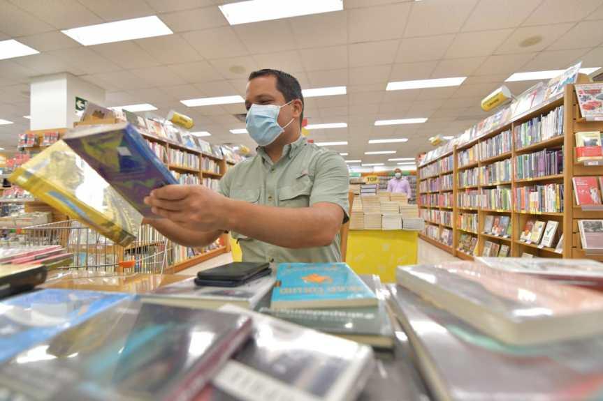 """Con donación de más de 2 mil libros se reactiva el programa """"Mi Barrio es una Biblioteca"""""""