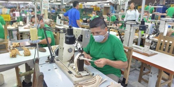 Reactivación de Colombia hacia el desarrollo económico con impactosocial