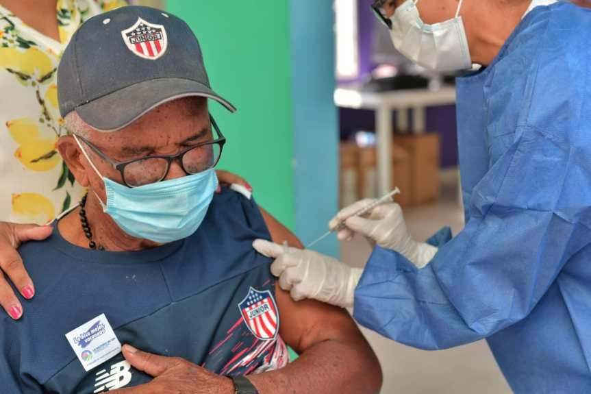 Cesar inicia vacunación masiva contra el COVID-19 para mayores de 75años