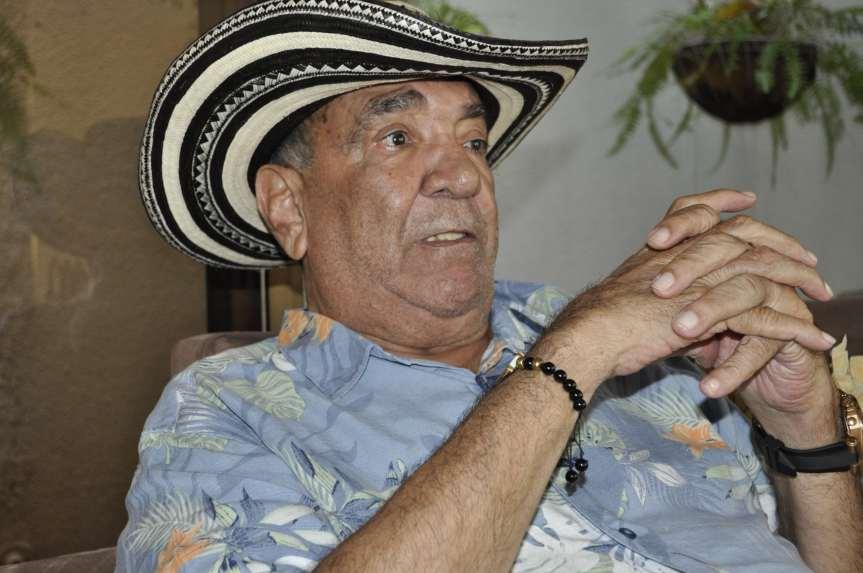 Camilo Namén, a sus 77 años continúa recordando su niñez y al granamigo