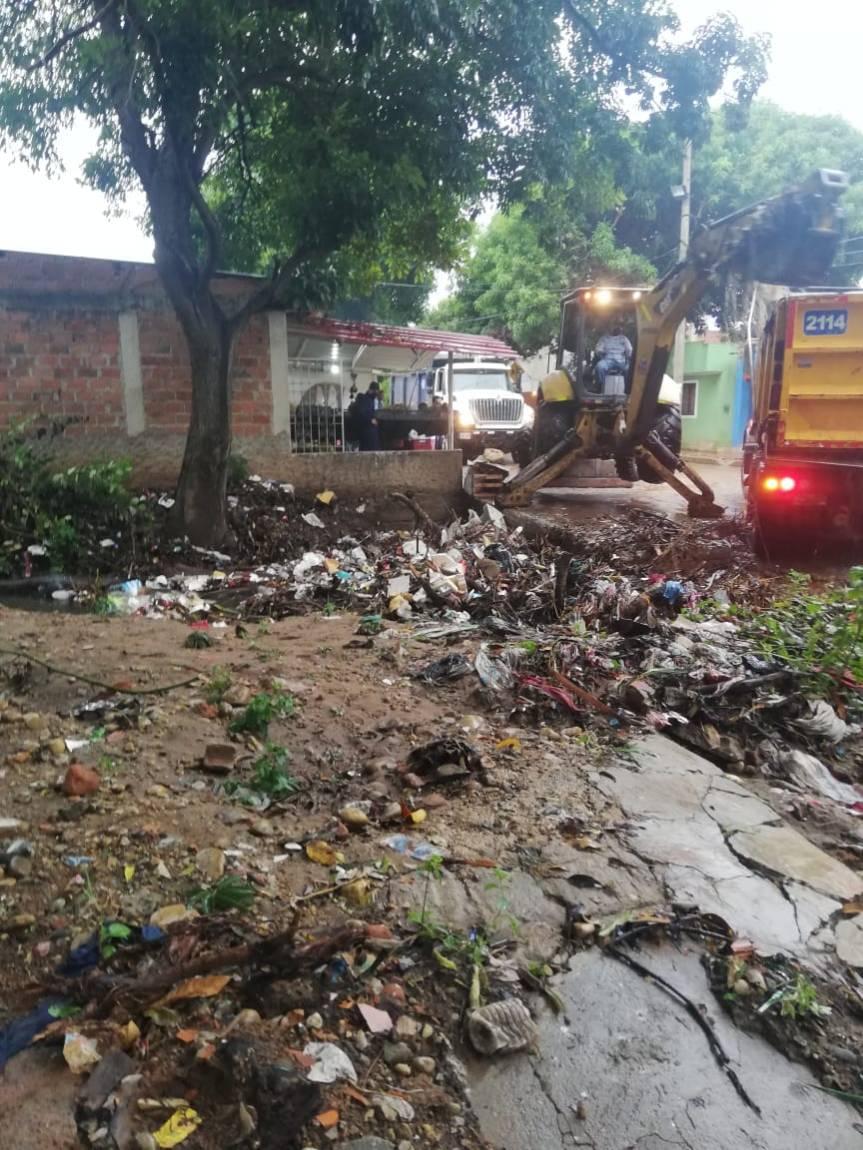 Habitantes del Barrio Villa Taxi piden ejecutar contrato adjudicado para construcción depuente